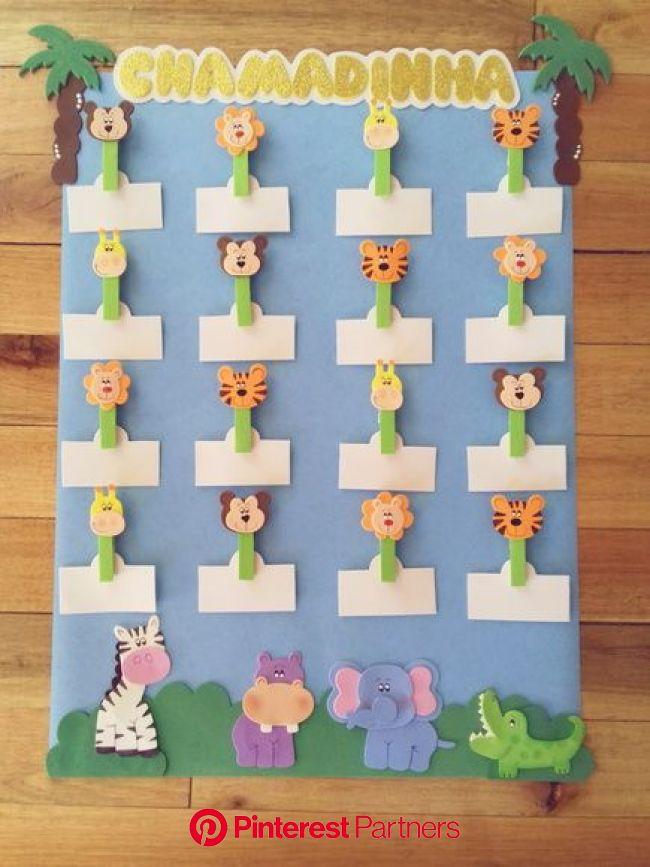 Cartaz chamadinha tema Safari no Elo7 | Artes e Mimos Jaine (91AD64) | Aniversário em sala de aula, Artesanato pré-escolar, Gráficos de aniversário