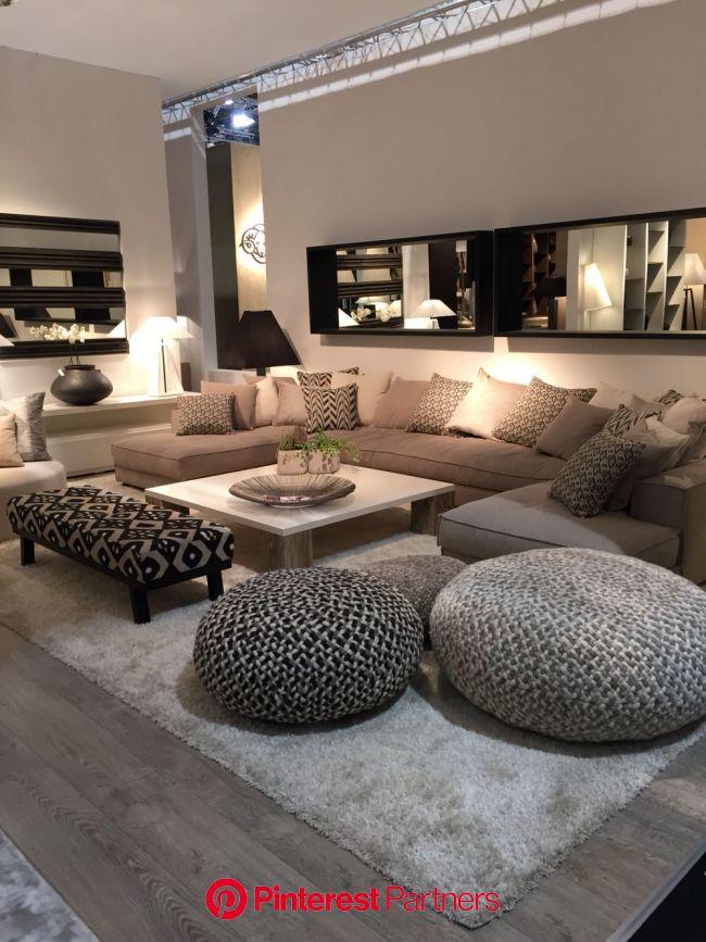 [Room] Cozy living room | Small living room decor, Luxury living room, Living room interior