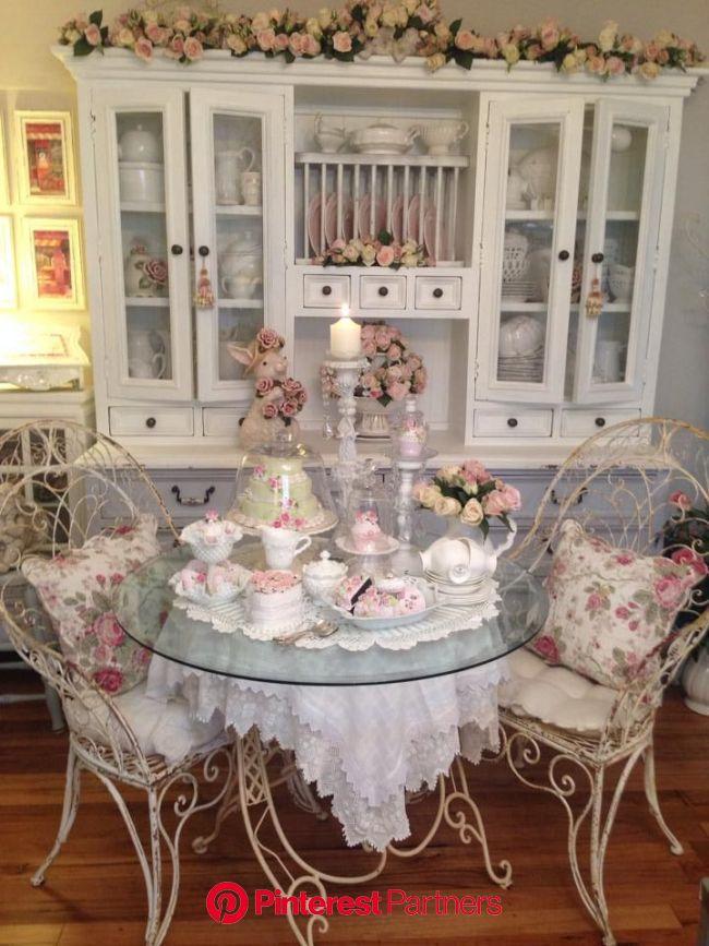 Shabby chic dining room   *・゜*:fairynests:*゜・* | Comedor shabby chic, Dormitorio shabby chic, Casa de campo shabby chic