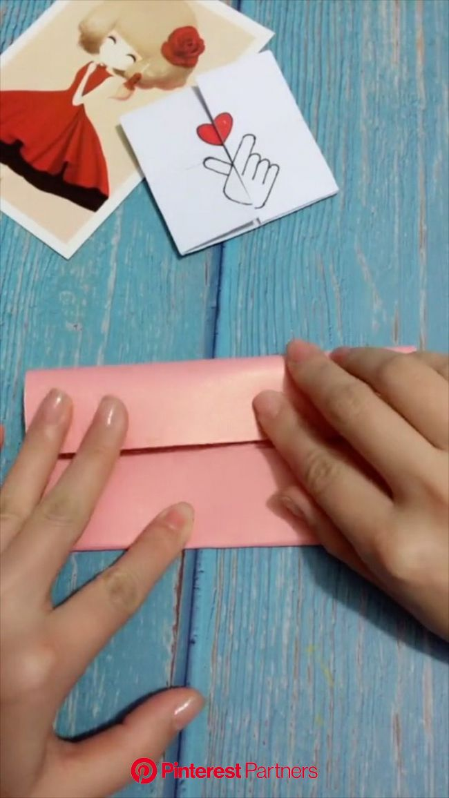 DIY Homemade Valentine's Day Art Craft Idea | Bordes para decorar hojas, Artesanias, Bordes