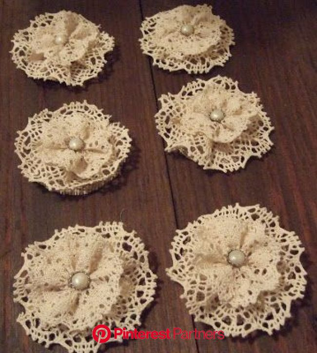 So after making those darling burlap boutonnieres for all the groomsmen, I decided it was only fair to make something… | Fabric flowers, Lace crafts,