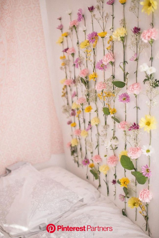DIY Flower Wall (With images) | Diy flower wall, Flower room decor, Flower wall decor