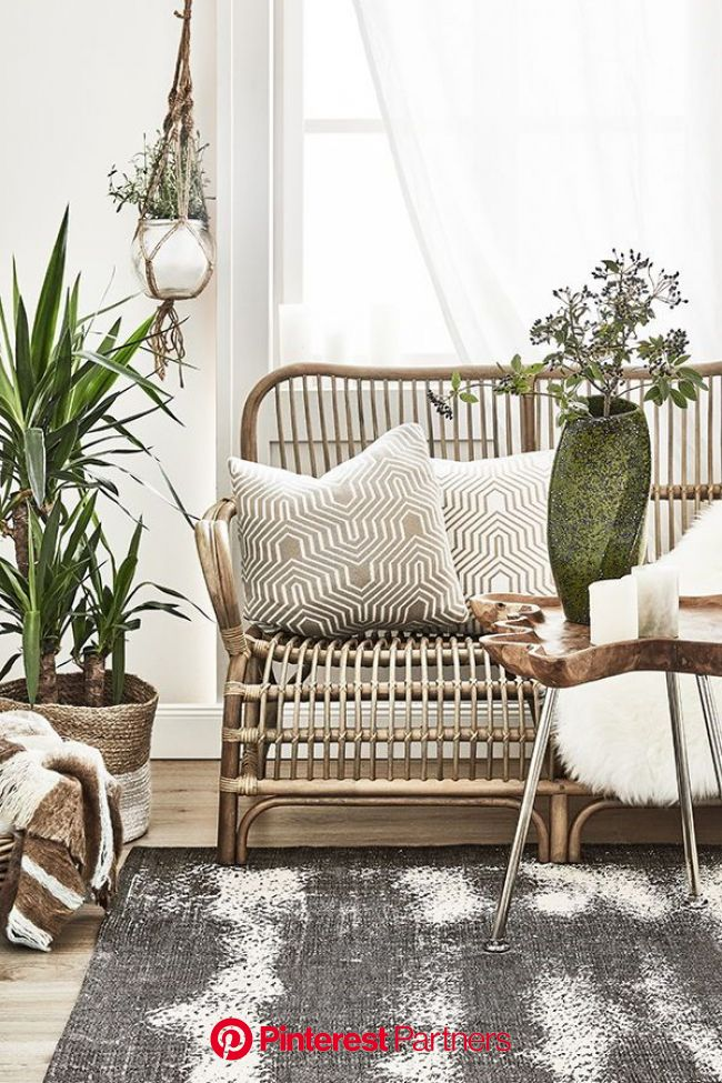 Ispirazione: stile Bali chic in casa - Come nessun'altra stanza, il salotto è lo spazio in cui stare insieme. Il centro del soggior… (con immagini) |