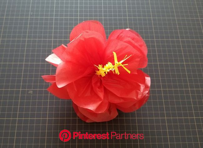 ハイビスカス風ポンポンフラワーの作り方 | Happy Birthday Project | ペーパーフラワー, ひまわり ペーパーフラワー, 画用紙 花