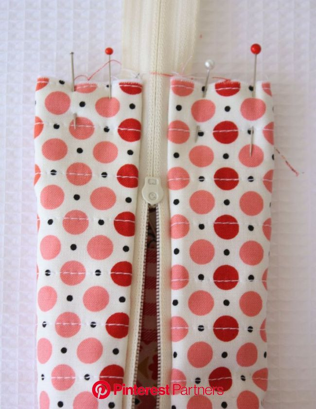10 Unique & Creative Pencil Case Designs That Will Turn A Lot Of Heads | Sewing patterns, Sewing crafts, Sewing techniques