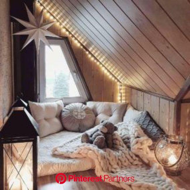 Pin by kitahna :) on room inspo in 2021 | Aesthetic bedroom, Dream rooms, Cozy room
