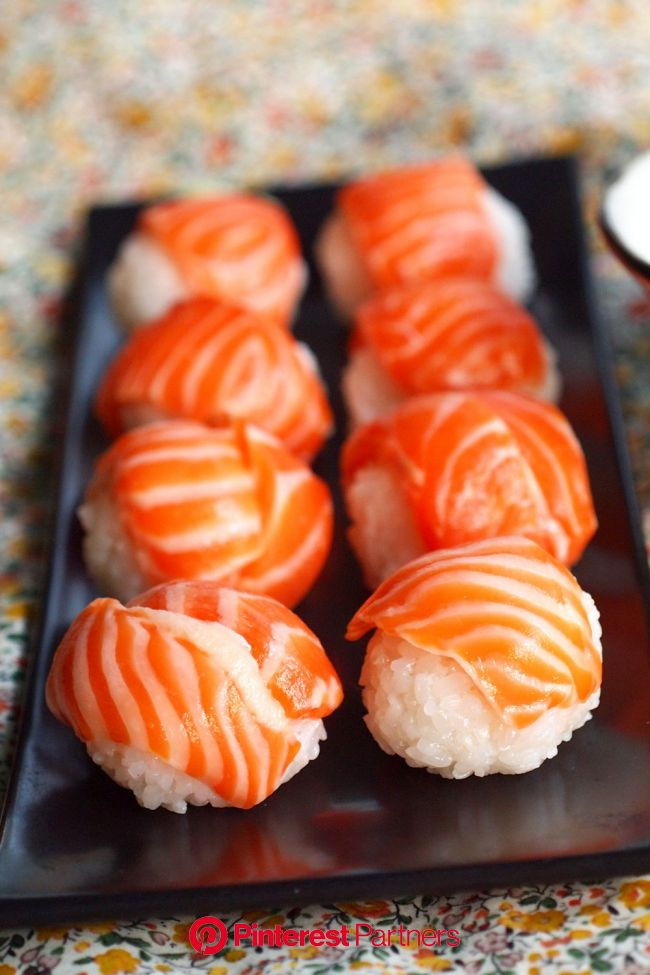 at meal | Japanese food sushi, Yummy food, Sushi recipes