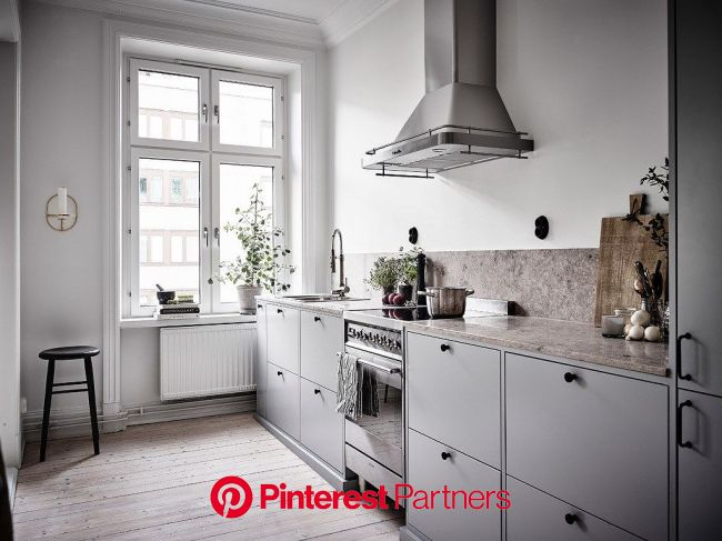 Small Home With A Great Kitchen Coco Lapine Design Kitchens Without Upper Cabinets Kitchen Without Top Cabinets Kitchen Design Sayo