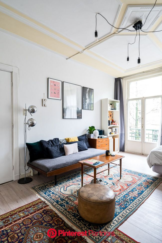We'd Totally Live in a Studio Apartment If It Looked Like This | Architectural Digest in 2021 | Small apartment living, Studio apartment living,