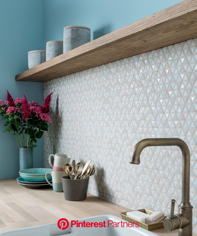 Eye Candy: Beautiful Mosaic Kitchen Backsplash Ideas | Mosaic backsplash kitchen, Kitchen splashback, Mosaic tile backsplash