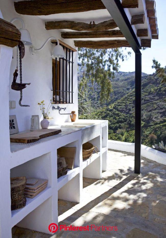 FINCA ESPAGNOLE, esprit nordique | Husdesign, Udendørskøkken, Rustikt køkken