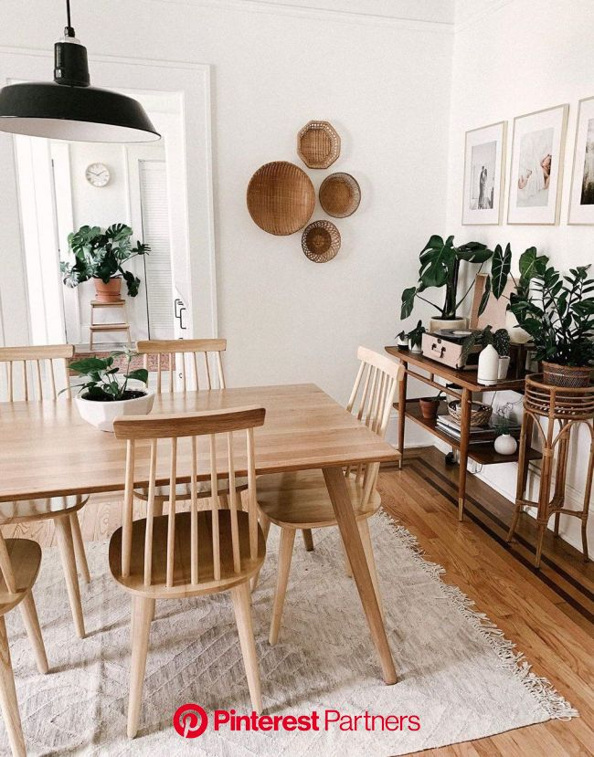 Carla Natalia Thompson on Instagram Not pictured in here thousands of dishes in the sink Also not pic #scandinavian | Dining room inspiration, Home, H