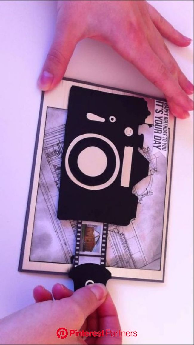 Sliding Camera Card. Could give this to good friends with pictures of the two of you | Tarjetas creativas, Manualidades, Tarjeta