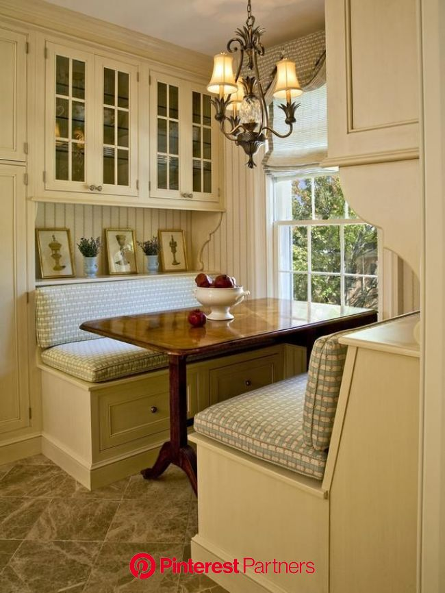 HGTV on | Banquette seating in kitchen, Kitchen design small, Kitchen seating