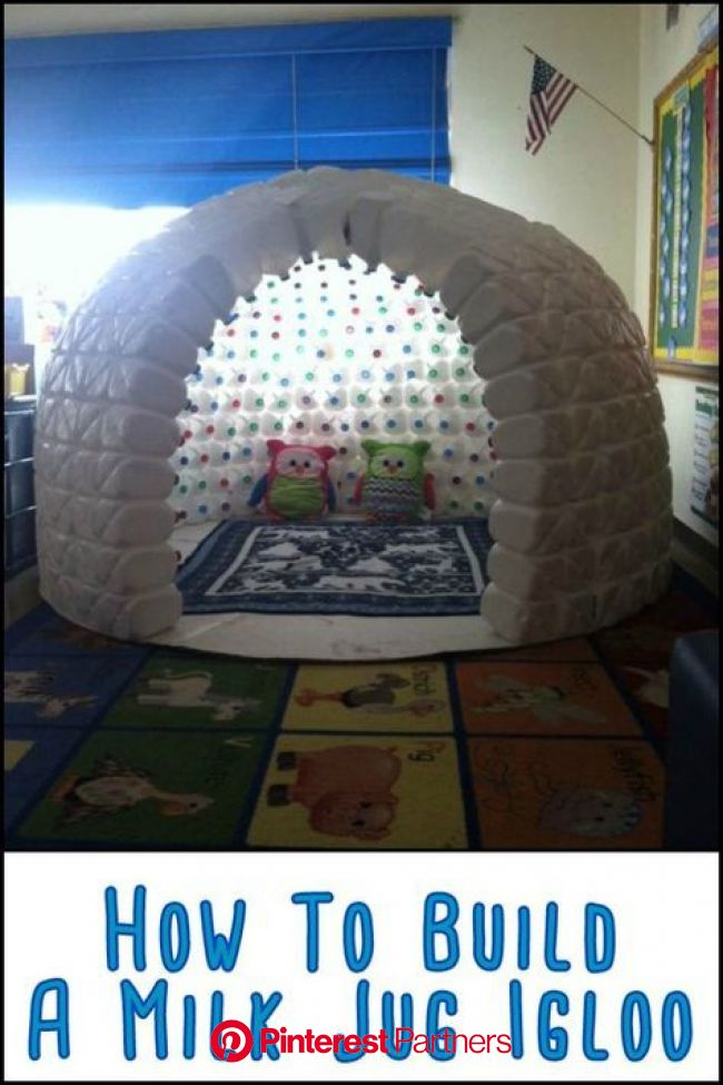 This Igloo Made From Repurposed Milk Jugs Will Keep The Kids Entertained For Hours at a Time | Milk jug igloo, Fun crafts, Crafts for kids