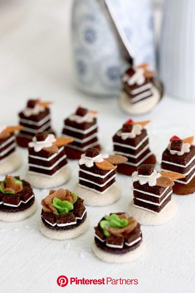 Kup Kup Petit Pâtisserie 4 (With images) | Felt food, Felt cake, Felt play food