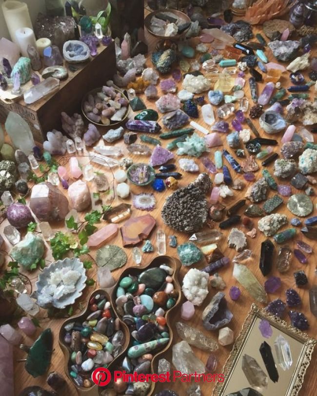 Crystal Powers and Meanings   Crystal aesthetic, Crystals, Stones, crystals