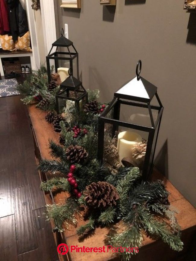 Pin by Rayssa on deco in 2020 | Christmas lanterns, Holiday decor, Christmas centerpieces
