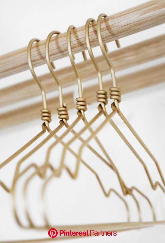 Mitt senaste köp   Gold hangers, Hanger, Coat hanger