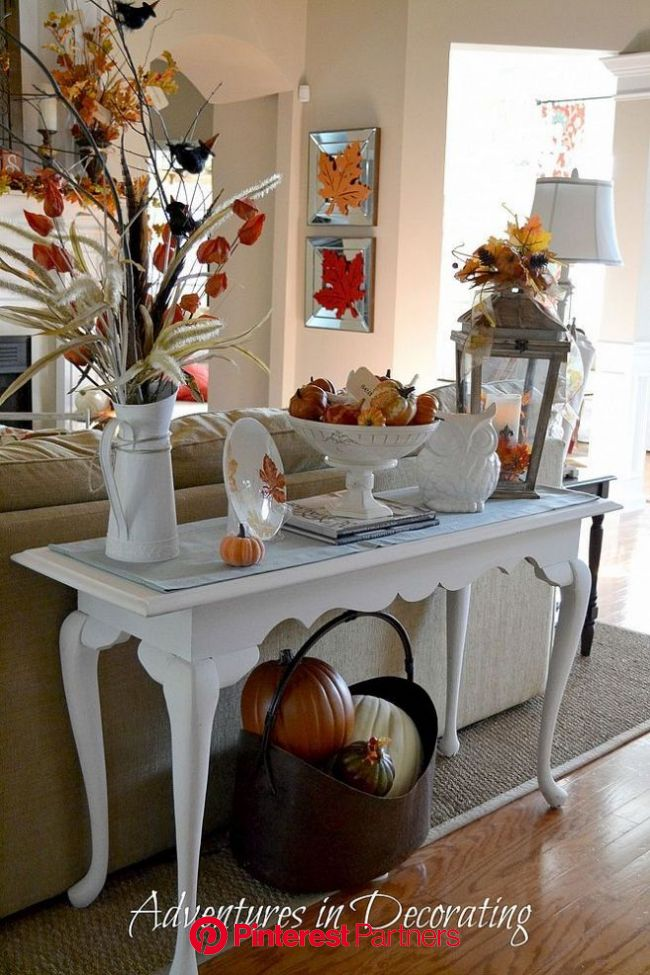 A Simple and Free Fall Vignette | Fall thanksgiving decor, Fall vignettes, Fall living room decor