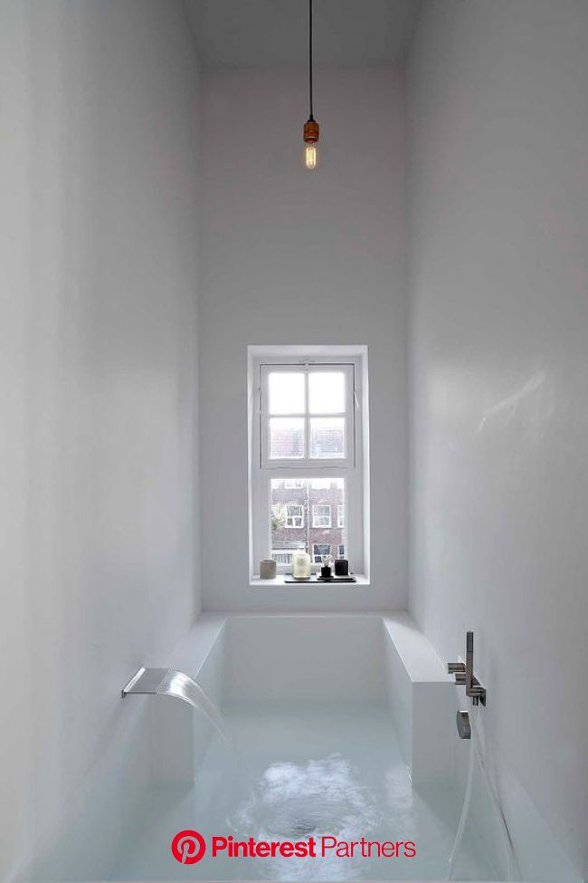 life1nmotion:  Canal house un loft disenado for Wetteveen Architects. | バスルーム インテリア, モダンバスルーム, インテリア 家具