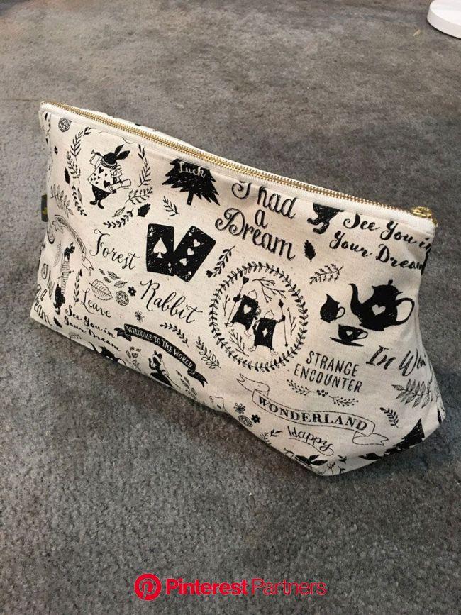 Clutch Bag   KOKKA-FABRIC.COM   Clutch bag, Kokka fabric, Bags