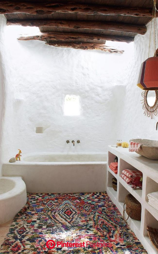 Inside the peaceful Ibiza hideaway with a higgledy-piggledy charm of its own | Home, Home deco, House design