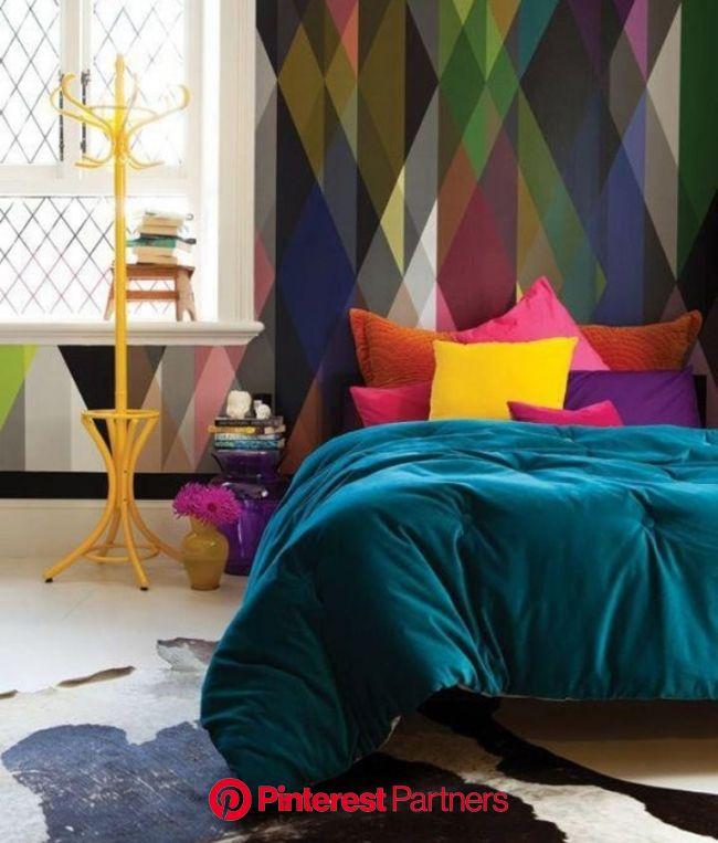 ALMOFADAS COLORIDAS | Casa de Valentina | Colorful bedroom decor, Bedroom design, Home decor
